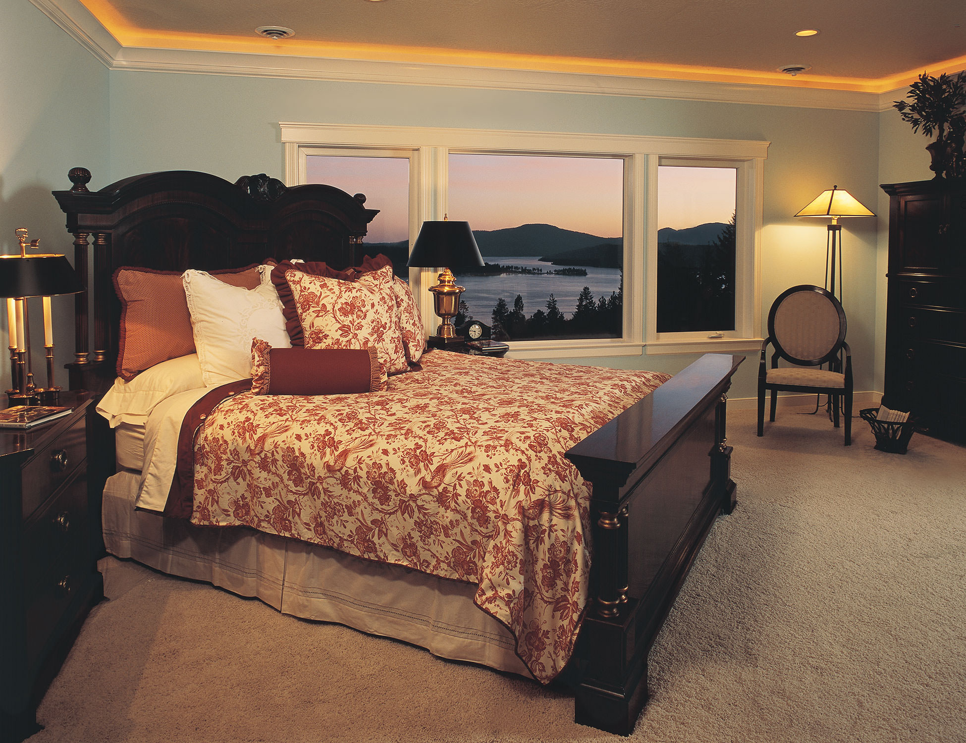 Villa-House-Master-Bedroom